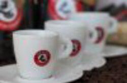 """Šálek Los Andes """"Chico""""-Šálek a podšálek s logem Los Andes  obsah cca 62 ml   porcelán"""